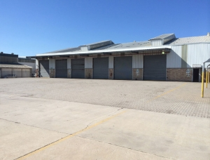 deal-party-warehouse-rental01-03